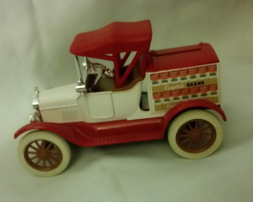 Ertl Replica Ford 1918 Model T Runabout Bank Campbell's Beans