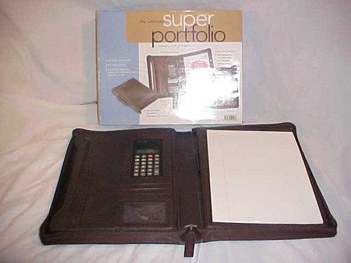 The Ultimate Super Portfolio (9781582091488)