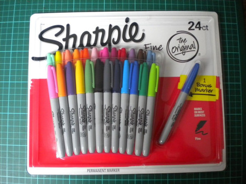 SHARPIE 24 Fine Point Permanent Markers (071641414440)