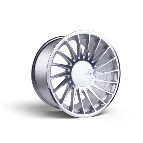 3sdm 0.04 19x8.5 42MM 5x112 Silver/Cut 0.04:S19855112SH00442-304