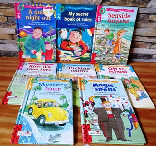 Read with Ladybird (8 Book Collection)