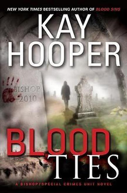 Hooper, Kay / Blood Ties (Hardback)