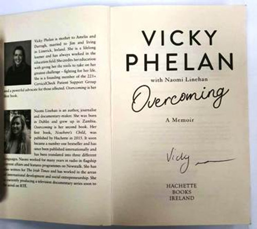 Vicky Phelan / Overcoming (Signed by the Author) (Paperback)