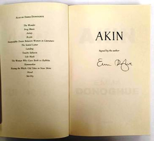 Emma Donoghue / Akin (Signed by the Author) (Paperback)