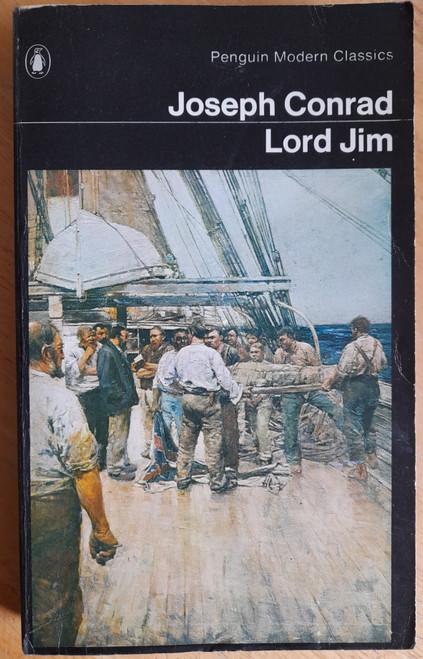 Conrad, Joseph - Lord Jim - Vintage Penguin modern Classics Edition - 1969 ( Originally 1900)