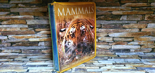 Animal The Definitive Visual Guide (Plastic Slip Case) (Complete 7 Book Set)