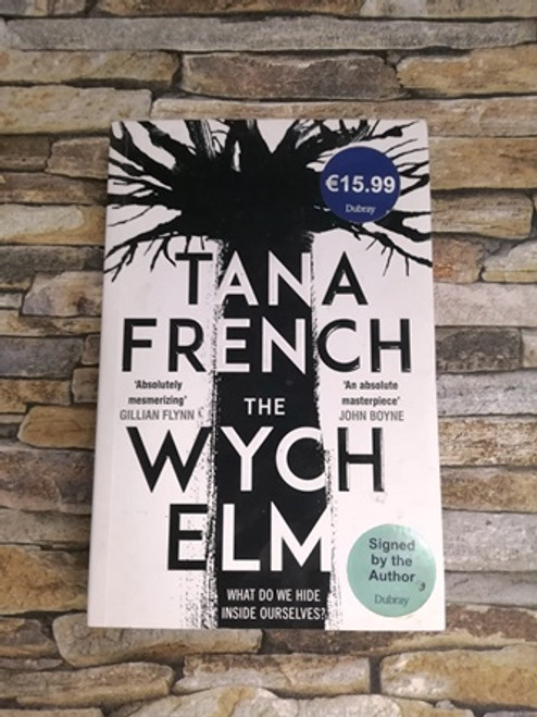 Tana French / The Wych Elm (Signed by the Author)