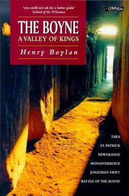 Boylan, Henry / A Valley of Kings : The Boyne (Large Paperback)