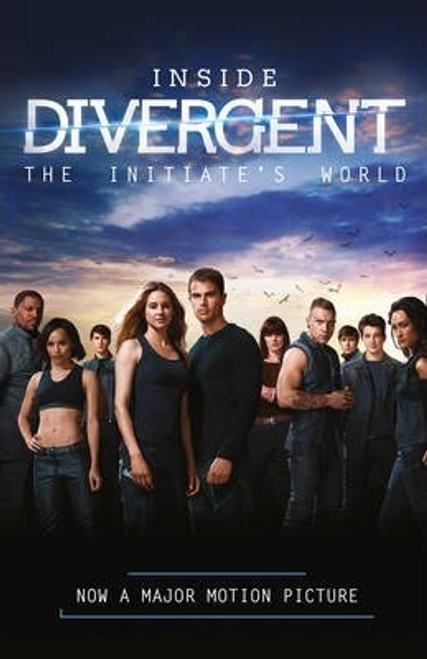 Inside Divergent: The Initiate's World (Large Paperback)