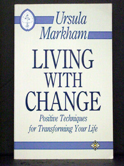 Markham, Ursula / Living with Change (Large Paperback)