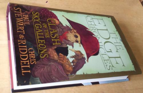 Stewart, Paul & Riddell, Chris - Edge Chronicles , Clash of the Sky Galleons SIGNED