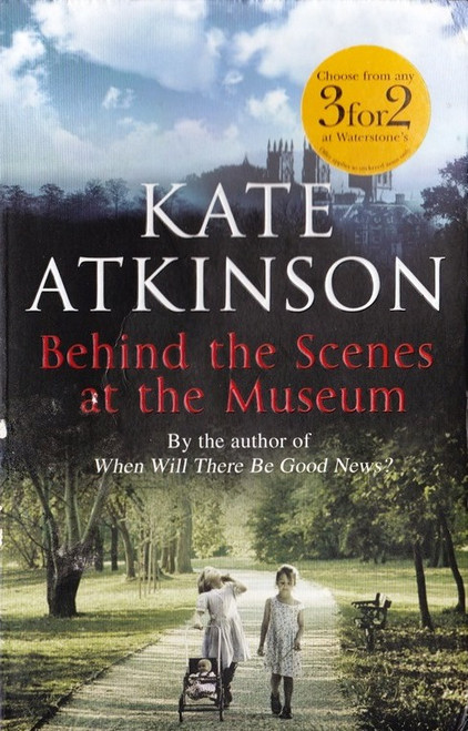 Atkinson, Kate / Behind the Scenes at the Museum