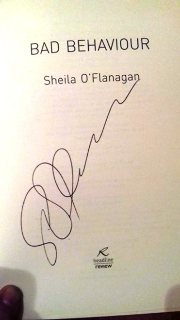 Sheila O'Flanagan / Bad Behaviour (Large Paperback) (Signed by the Author) (2)