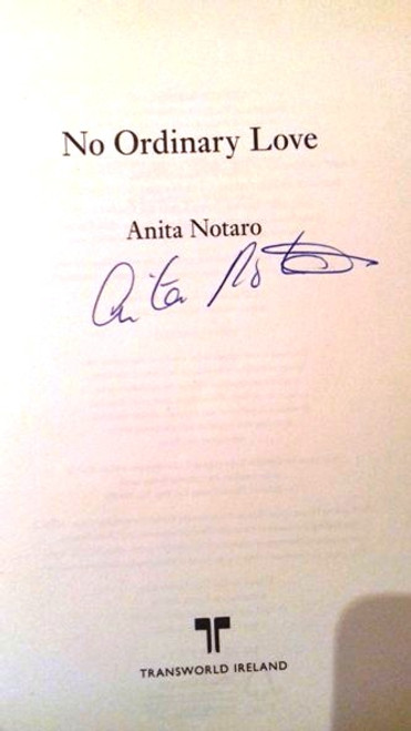 Anita Notaro / No Ordinary Love (Large Paperback) (Signed by the Author)