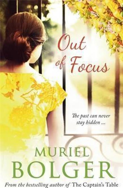 Bolger, Muriel / Out of Focus (Large Paperback)