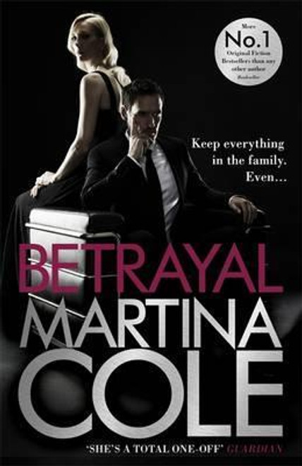 Cole, Martina / Betrayal (Large Paperback)