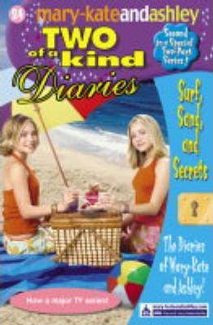 Mary-Kate and Ashley / Two of a kind: Surf Sand and Secrets