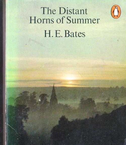 H.E. Bates / The Distant Horns of Summer (Vintage Paperback)