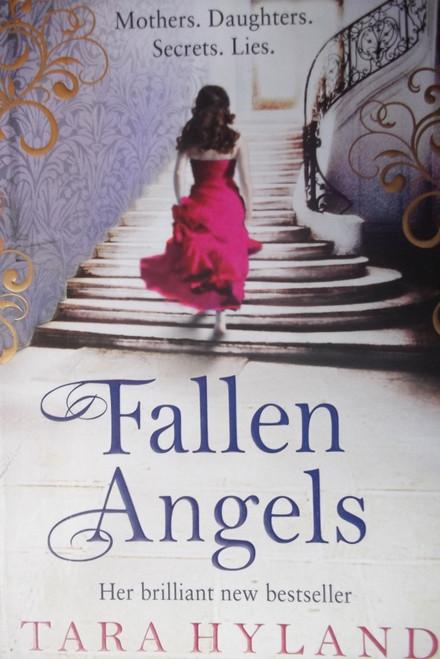 Hyland, Tara / Fallen Angels