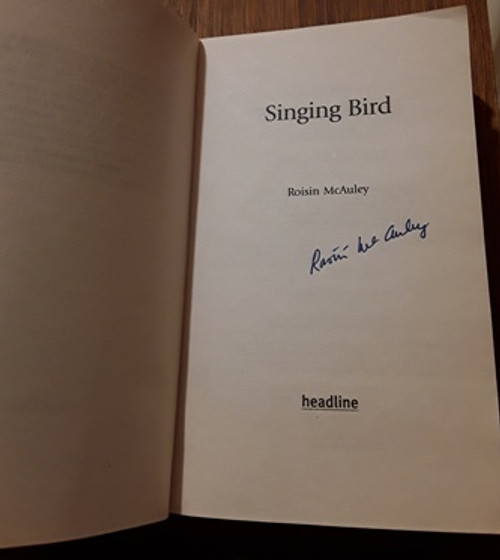 Roisin McAuley / Singing Bird (Signed by the Author) (Paperback)