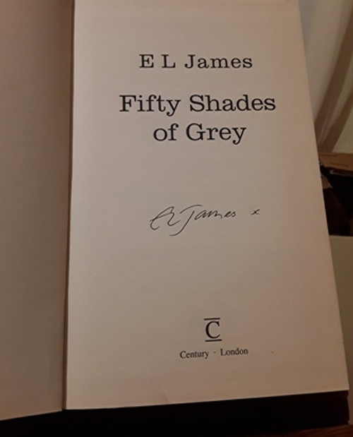 EL James / Fifty Shades of Grey (Signed by the Author) (Hardback)
