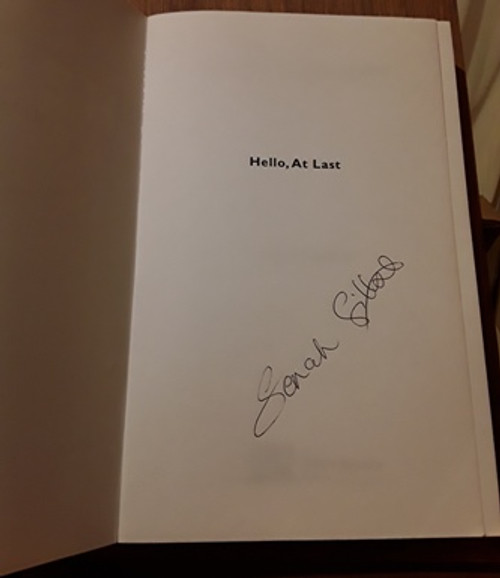 Sarah Gilbert / Hello At Last (Signed by the Author) (Medium Paperback)