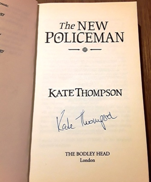 Kate Thompson / The New Policeman (Signed by the Author) (Medium Paperback)