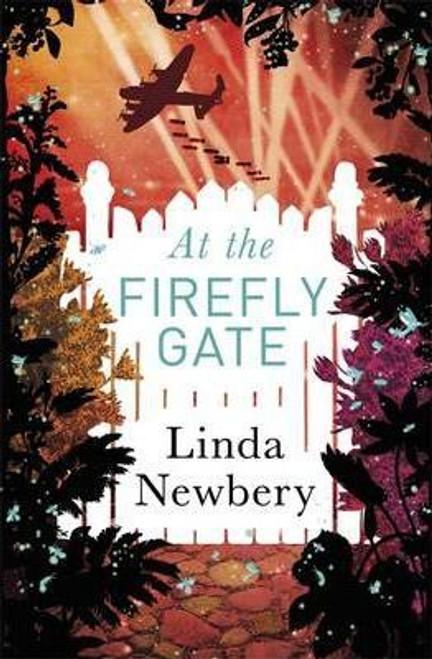 Newbery, Linda / At the Firefly Gate