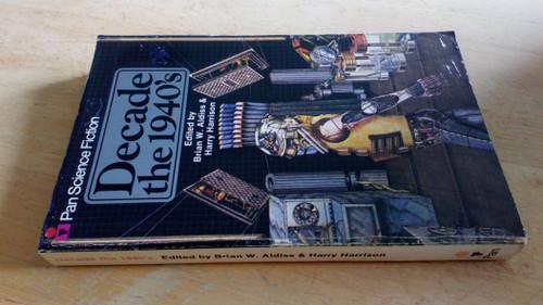 Aldiss, Brian W & Harrison, Harry ( Editors) - Pan Science Fiction - Decade the 1940's - Vintage PB 1977