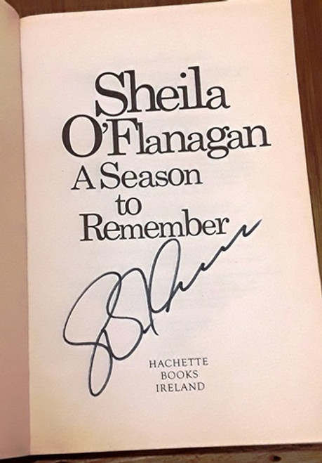 Sheila O'Flanagan / A Season to Remember (Signed by the Author) (Paperback)