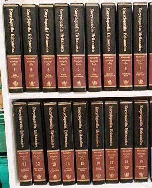 Encyclopaedia Britannica 1974 (Complete 19 Book Encyclopaedia Set)
