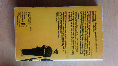 Hezlet, Arthur - The B Specials - A History of the Ulster Special Constabulary - Vintage PB