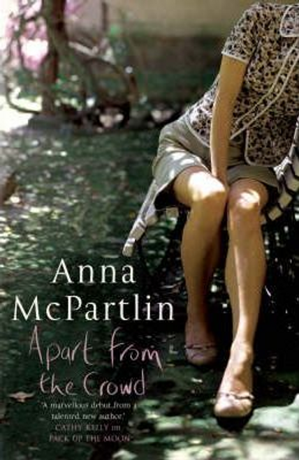 McPartlin, Anna / Apart from the Crowd (Large Paperback)