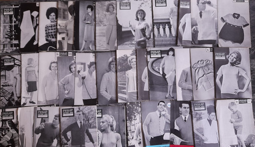 Collection / lot of Vintge Passap Machine Knitting Patterns  ( 25 BOOKLETS)  - 1962-64 - Fashion, 1960's , Clothing
