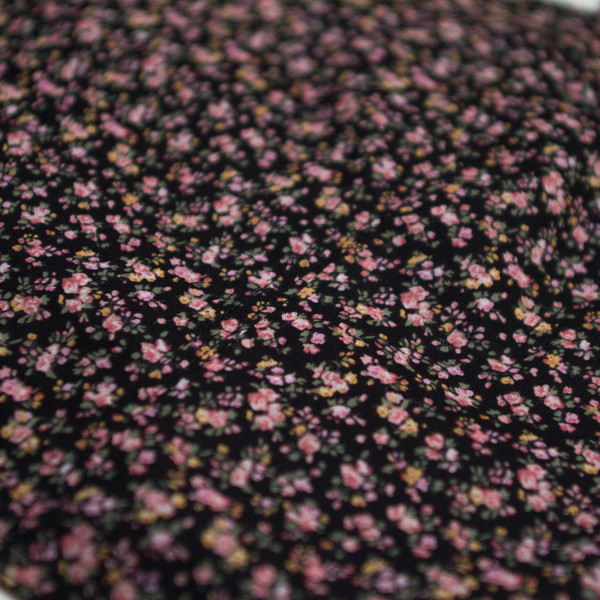 The Vratim Classic Crop Top - Floral pattern detail