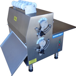 "Somerset CDR-2100M Compact Electric Countertop Dough Rollers  - Double Pass  / Side Operated Pizza Sheeters with 20"" Metallic Rollers"