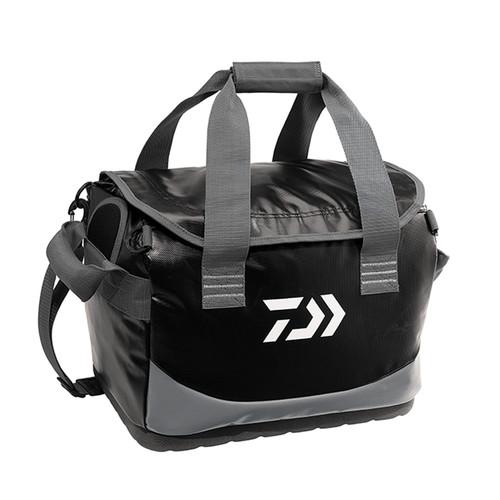 Daiwa Water Resistant Boat Bag (15in. x 11in. x 10in.) Black DBBG-1