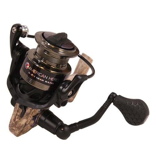 Lews Fishing American Hero Camo Speed Spinning Reel 6.2:1 Gear Ambidex. AHC200