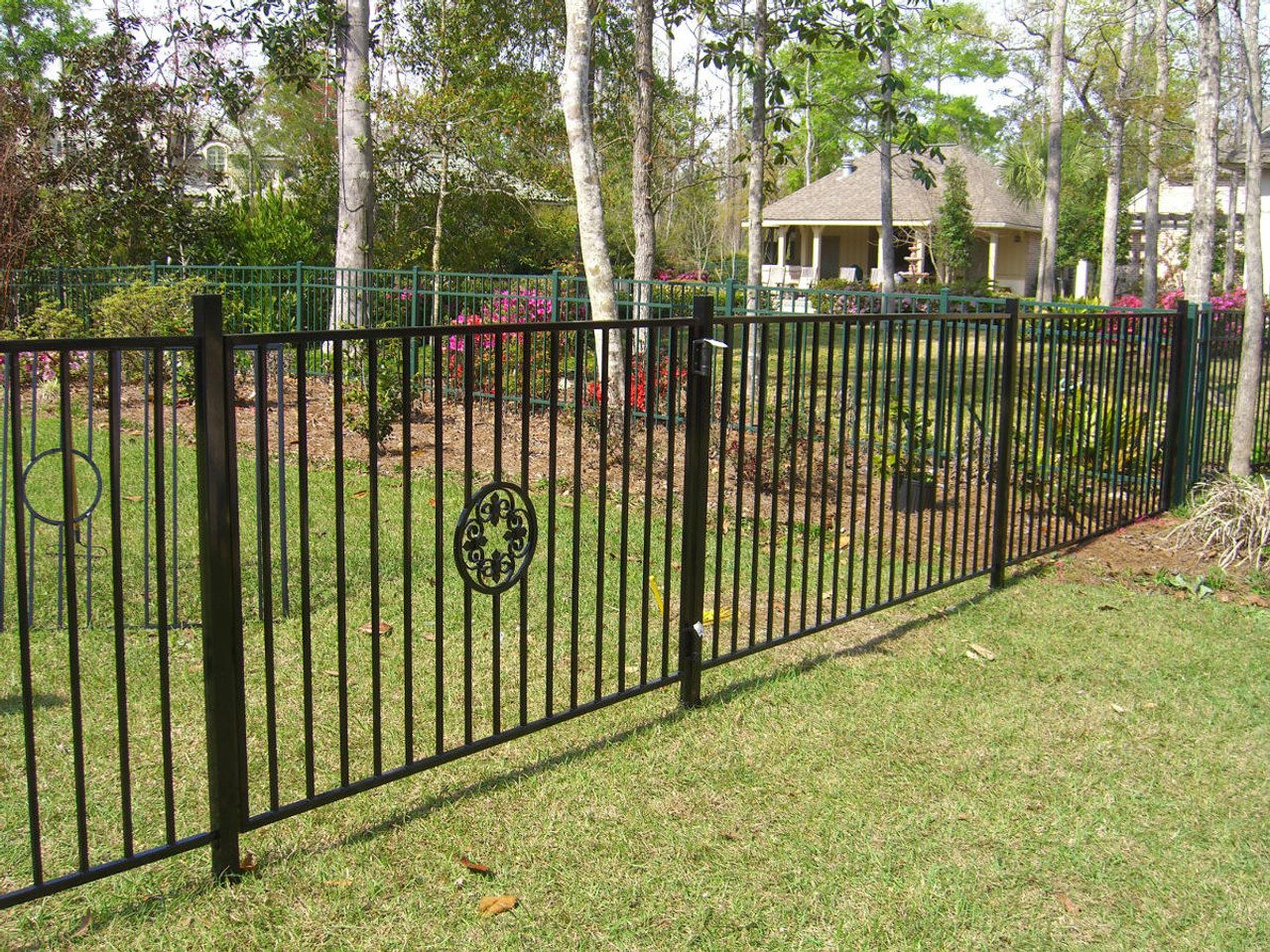 Ornamental Fence Installed with I25-850 Oz-Posts