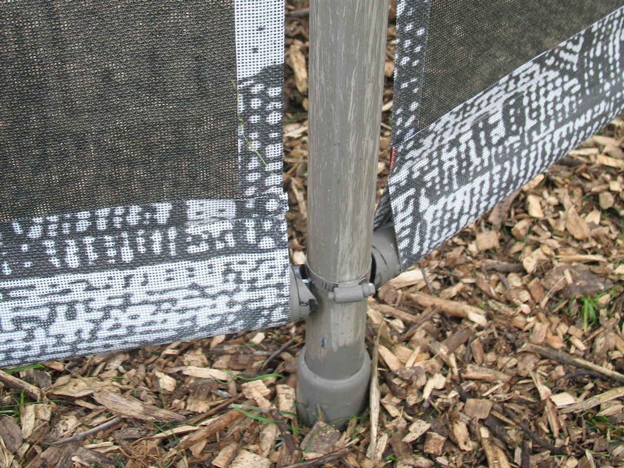 Privacy Screen Fence Installed with Oz-Post GB-700 Post Anchor