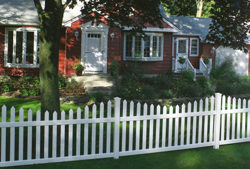 White Bufftech Danbury Concave Fence