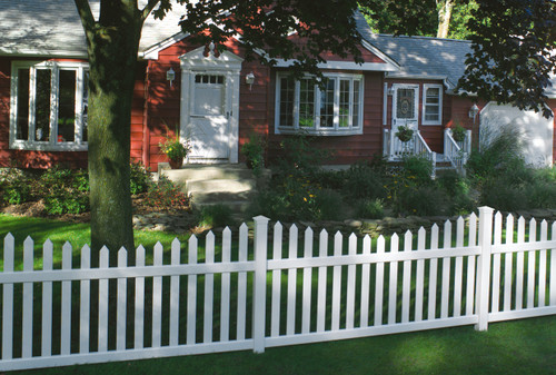 Bufftech Danbury Concave Fence Sections - Posts Sold Separately