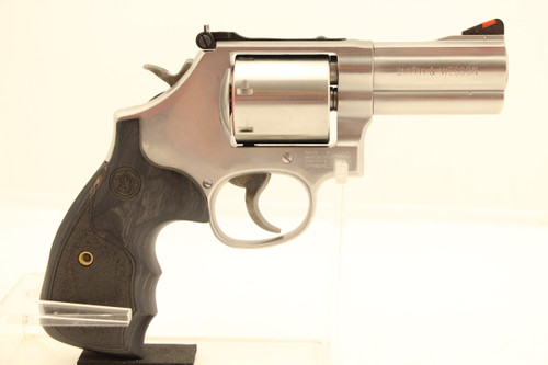"""Smith & Wesson 686 Plus .357 Mag 3"""" Barrel NEW"""