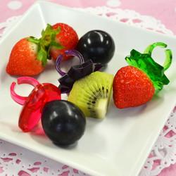 delijoy イチゴの指輪 / Strawberry ring