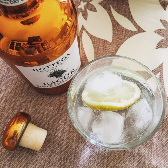 Bottega Bacur Italian Distilled Gin 70CL served with high quality tonic water and slices of lemon