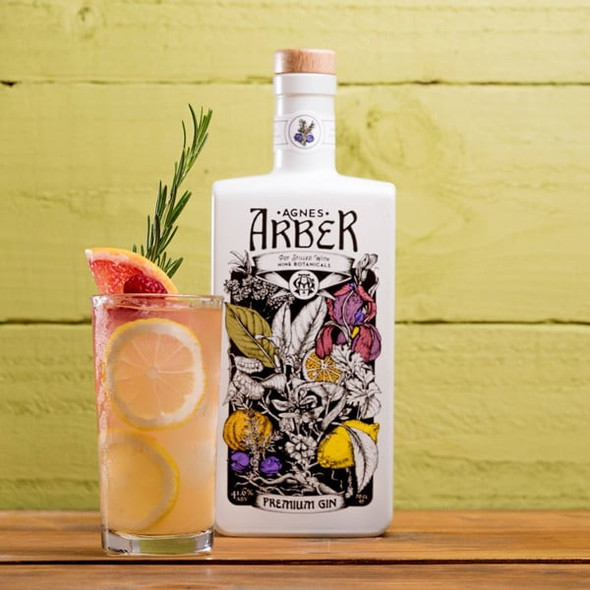 Agnes Arber Premium Gin, 70cl with Gin Glass - Limited Edition Set. Signature serve