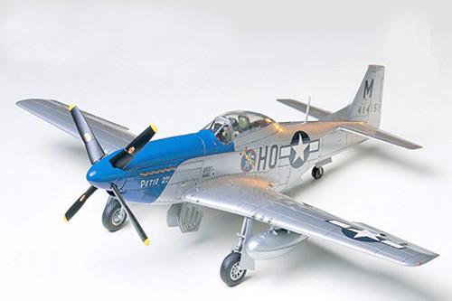 Tamiya 61040 1/48 North American P-51D Mustang