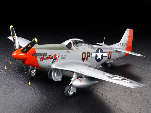 Tamiya 60322 1/32 North American P-51D Mustang