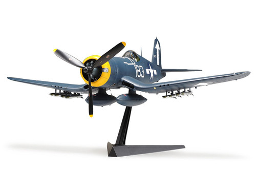 Tamiya 60327 1/32 Vought F4U-1D Corsair