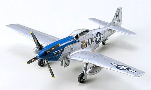Tamiya 60749 1/72 P-51D Mustang